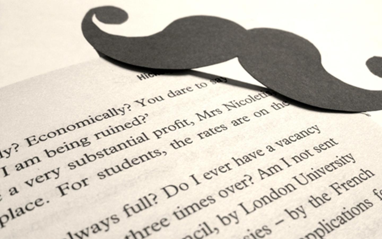 DIY: Marcador de livros super fofo estilo Moustache