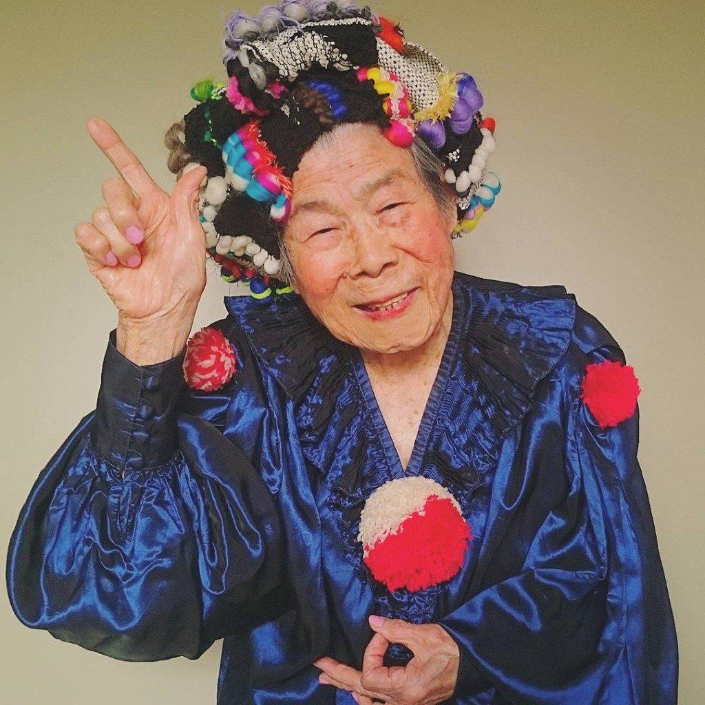 Muito amor! Vovó de 93 anos vira modelo em ensaio de marca