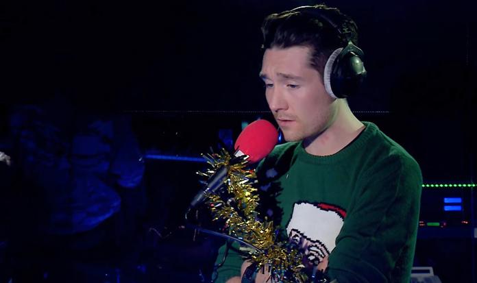 Bastille grava versões de músicas natalinas!