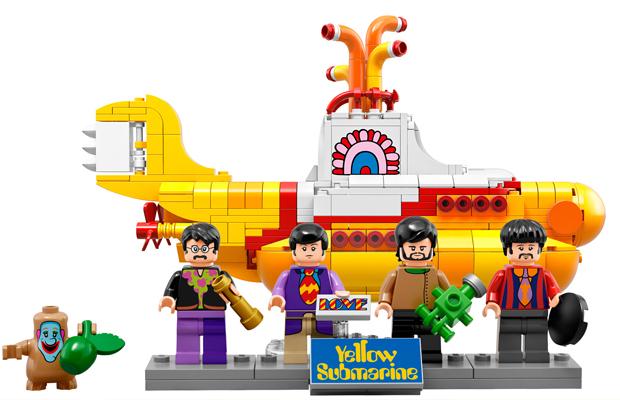 ftc-lego-beatles-yellow-submarine-01