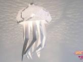 Essas lindas luminárias de papel trazem um pouco da vida marinha para a sua casa